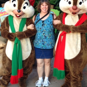 Two of my FAVORITE characters in the whole park....Chip and Dale!   If I could have broken into song at this point, I would have!  LOL